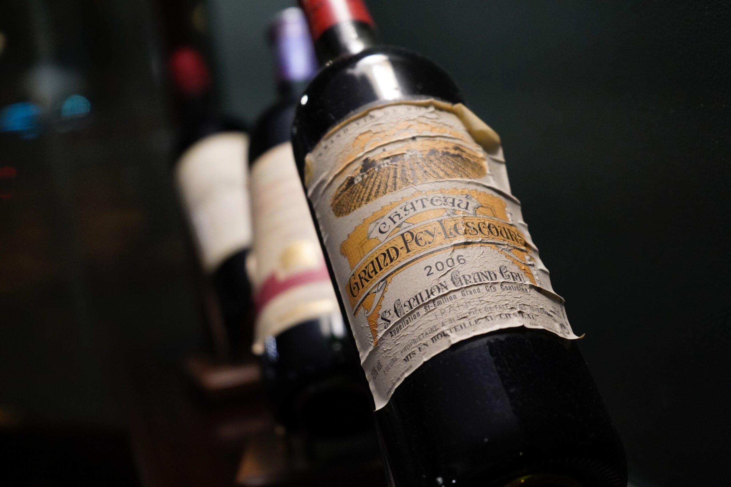 Les vins évolués sont à éviter pendant les foires aux vins. Faute à des conditions de conservation douteuses...